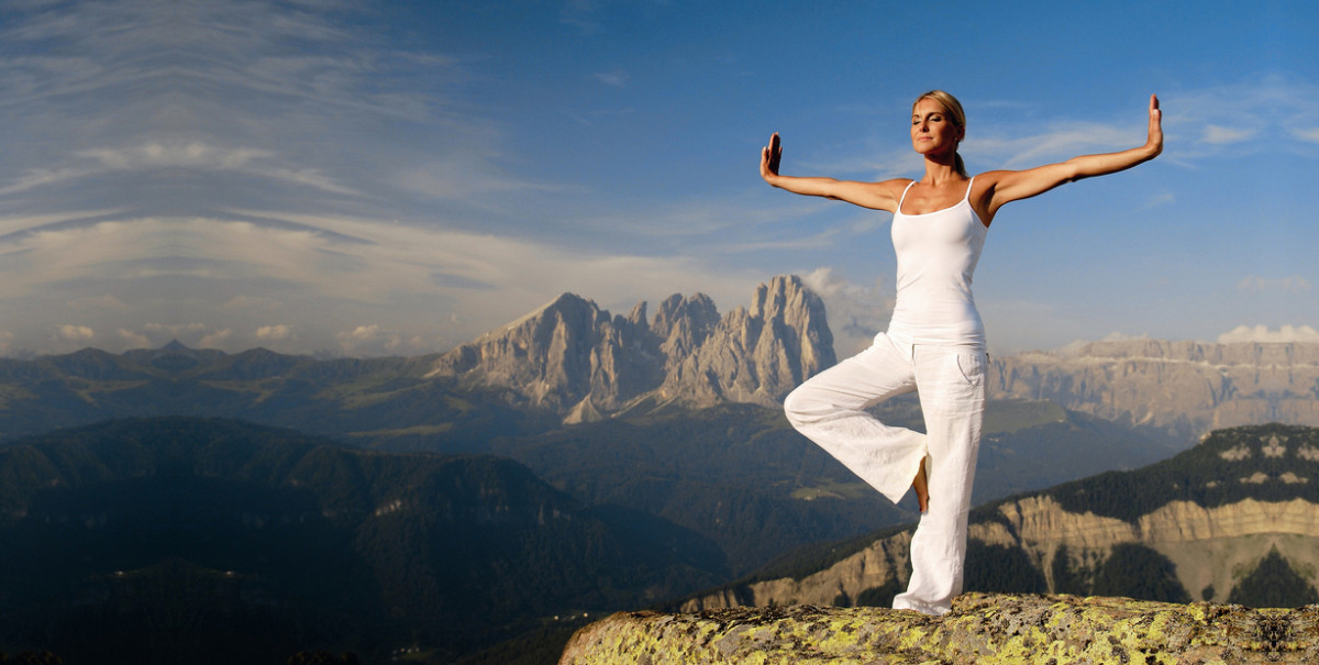 Universal Body, Universal Mind: Exclusive 10-Day TaiJi, Qi Gong and Authentic Shaolin Healing Camp
